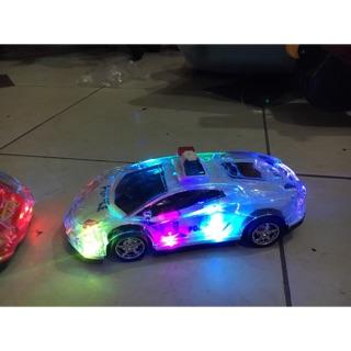 Ô tô điều khiển phát sáng