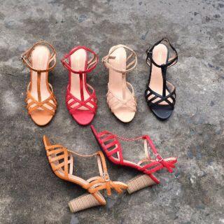 Giày Sandal hàng rào, quai nhị, gót vuông, hàng VNXK bao đẹp
