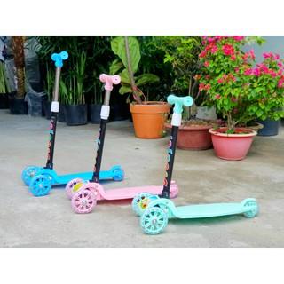 Xe trượt Scooter 3 bánh có bánh xe phát sáng cho bé yêu