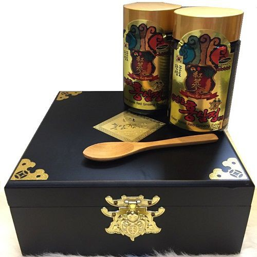 Kết quả hình ảnh cho Cao hồng sâm Hàn Quốc hộp gỗ 2 lọ x 250g